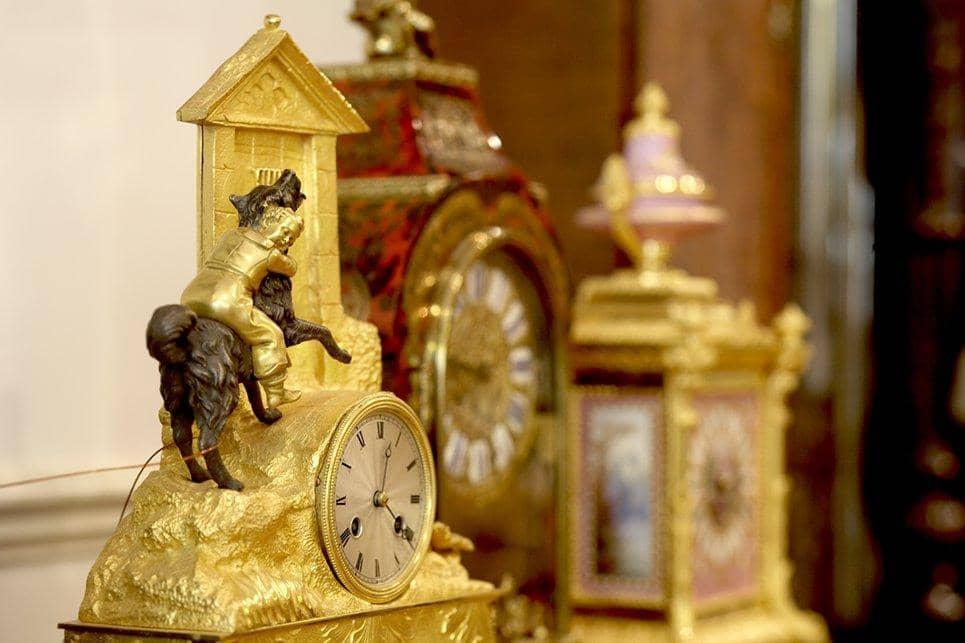 Antique clock repairer Reading RG