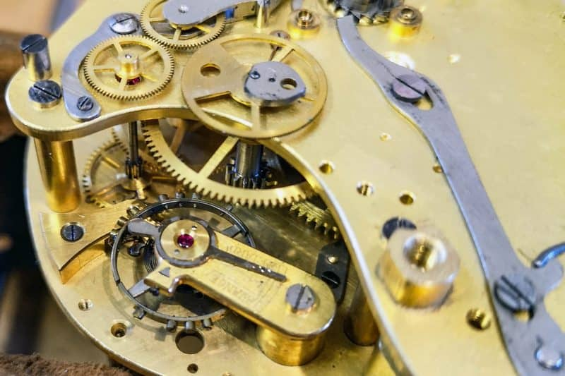 clock repair workshop